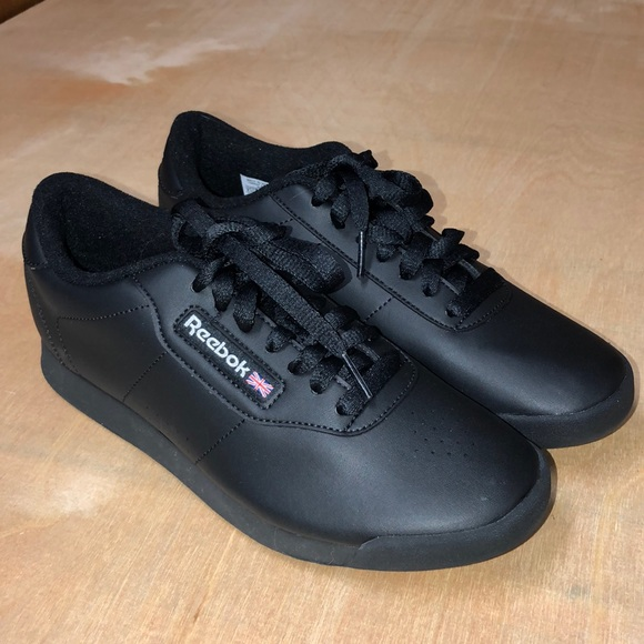 Reebok Shoes   Vintage Reebok Classic
